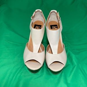 BC Footwear Women's Lickety Split Wedge Sandal